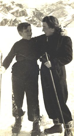 Fig 9-dadski with mom