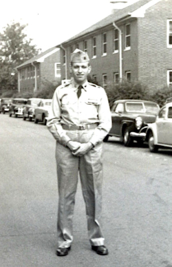 Elio in full uniform.
